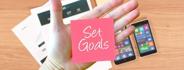 image show you have to set goals )not small ) should be big goal in order to circulates positive attitudes thoughts.