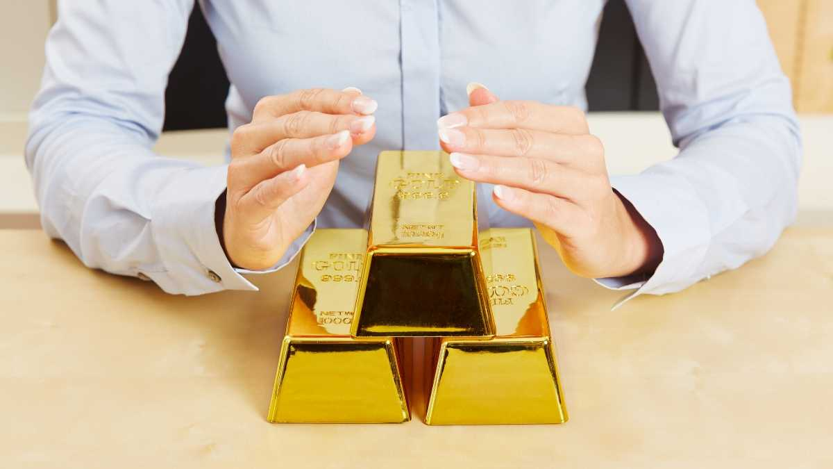 Explained about Gold as investment as it gives good returns.