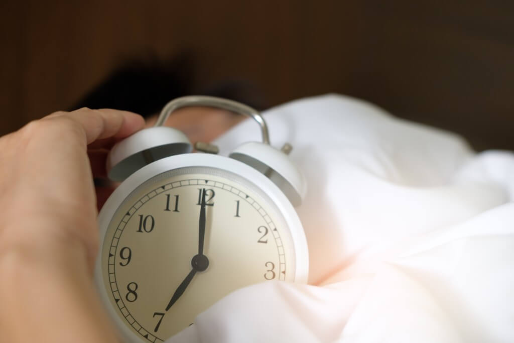 alarm clock to help your time management routine